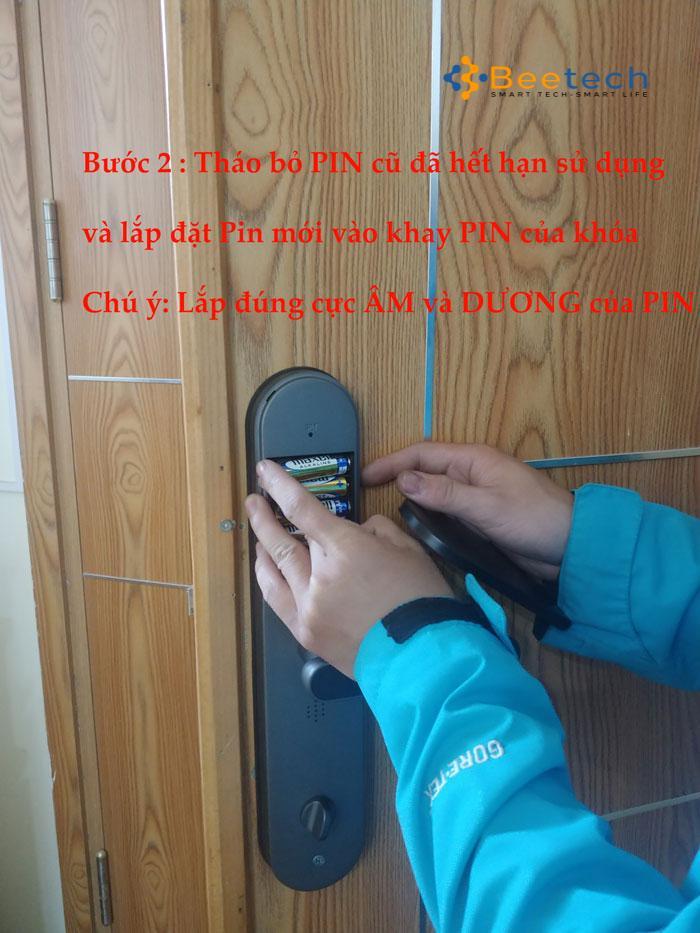 Các bước thay PIN cho khóa cửa điện tử