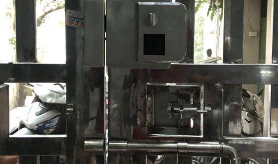Khóa vân tay cho nhà trọ cửa cổng sắt Kitos DL02