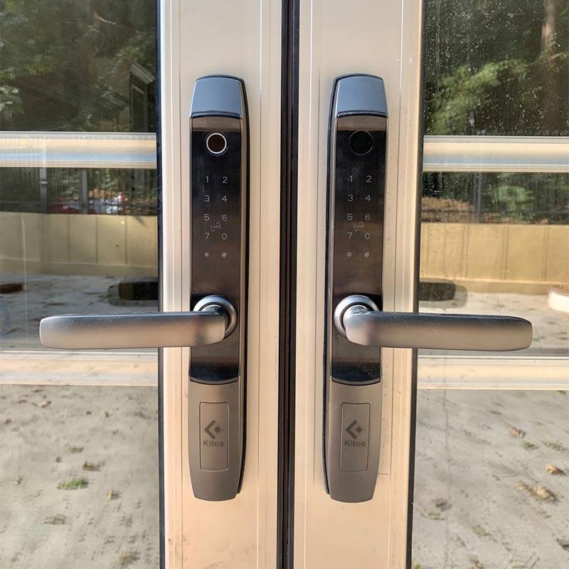 Điều kiện lắp khóa vân tay cho cửa nhôm