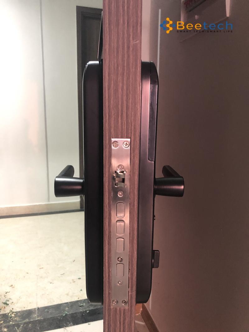 Top khóa cửa mật mã giá rẻ từ 5 đến 7 triệu