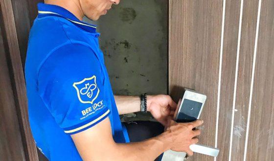 Lắp đặt khóa cửa vân tay tại Hà Nội tốt nhất